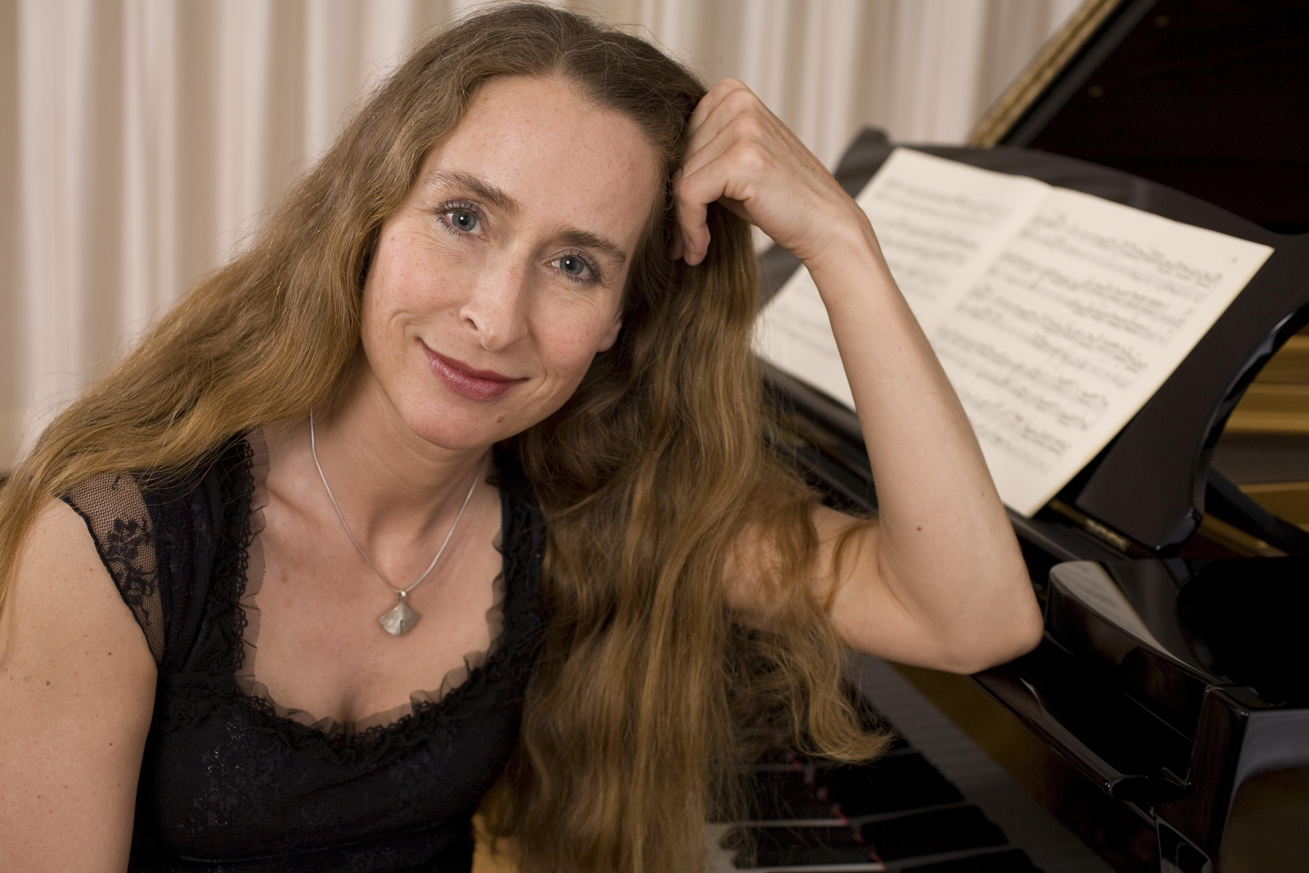 Klavierabend mit Angelika Maria Eysermans und Gästen